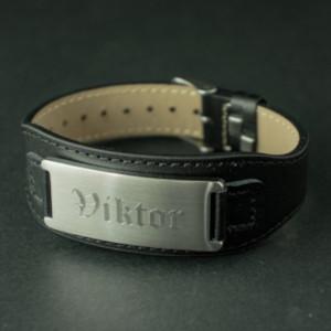 Läderarmband med namn - Smycke present till honom
