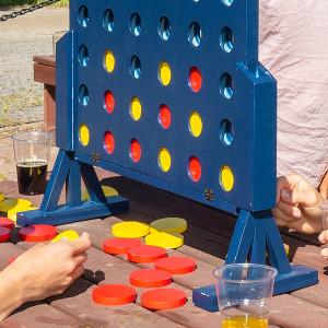 Fyra i rad - Roligt spel i gigantiskt format - Rolig midsommarpresent